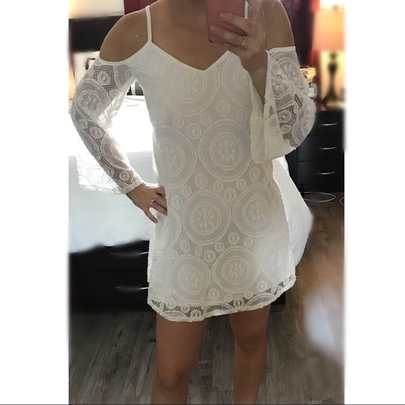 Francesca's Collections Dresses & Skirts - White Lace Bell Flare Sleeve Mini Dress